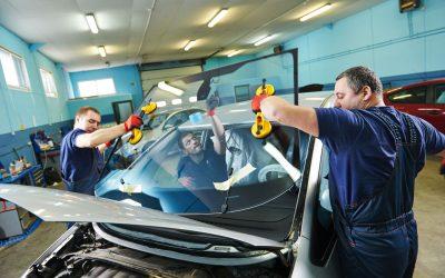 Riparazione e sostituzione parabrezza auto